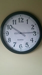 "WALL CLOCK  **  24"" Round  **  Like new!"