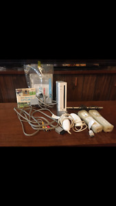NINTENDO WII W/ GAMES AND ACCESSORIES