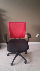 Mid-Back Mesh Red & Black Office Chair with handles