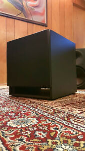 YORKVILLE YSS2 ACTIVE STUDIO SUBWOOFER. MINT CONDITION.