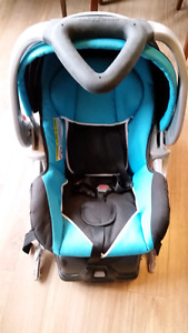 Baby Trend Expedition ELX Travel System car seat and base