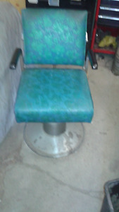 antique barber chair  everything works great!!