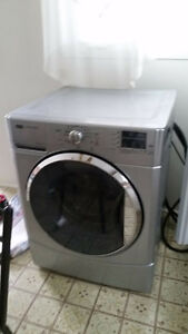 laveuse frontale maytag