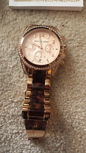 Micheal kors watch (2)