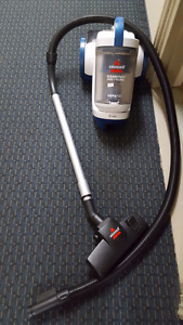 Barely used Bissel vacume cleaner
