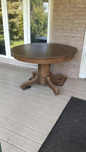 Antique Oak Pedestal Table