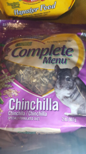 Chinchilla and hamster erc 100 bags free some expired