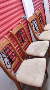Delivered 5 dining chairs