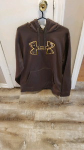 Large Mens Under Armour Sweater