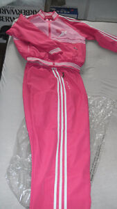 Women Sports Suit, brand new-Reduced! London Ontario image 2