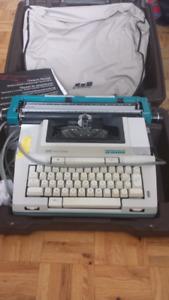 Machine a écrire électrique Smith Corona