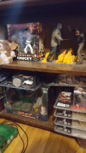 horror / action figure deluxe sets