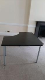 Office desk £10 each 60cm 60cm 120