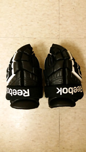 Kids Reebok Gloves