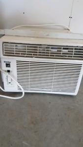 10000 BTU DANBY window mount AC