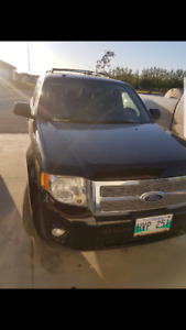 2010 Ford Escape Limited AWD SUV, Crossover