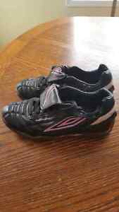 Womens indoor soccer shoes Strathcona County Edmonton Area image 3