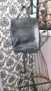 Leather purse St. John's Newfoundland image 1