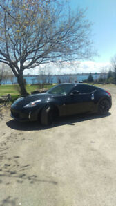 2016 Nissan 370 Z. Must sell quick