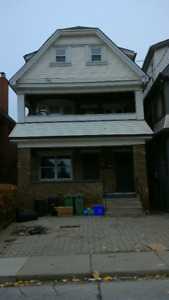 197 Balsam Avenue S - BEAUTIFUL 3 BDRM MAIN FLOOR UNIT""