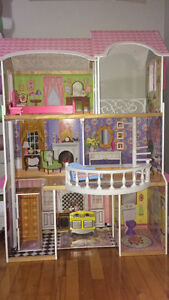 3 level doll house excellent condition