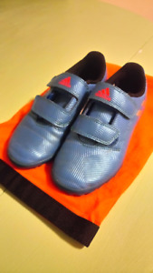 Adidas Kids Soccer Cleats Lionel Messi, blue in size 1.5