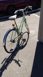 Vintage 196O's women's 3 speed for sale.