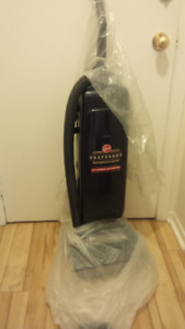 Hoover Allergen Vacuum cleaner perfect condition/all attachments