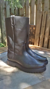Ladies Black Motorcycle Boots, Size 8.5