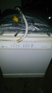 Ge Dishwasher, Delivery Available