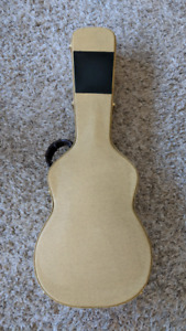 Tweed Hardshell Acoustic Case for Small Body Guitar