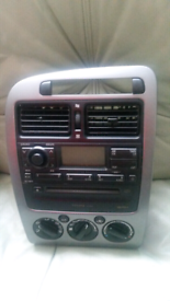 very good con radio cd player for toyota crola avinsis
