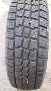 One Avalanche Xtreme 215/70R15