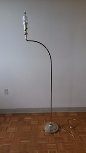 ARTISTIC GOLD CURVED FLOOR LAMP