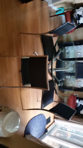 Round Glass Table and 4 Stackable Chairs