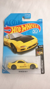 2018 HOT WHEELS '95 MAZDA RX 7 YELLOW DIECAST MINT NIGHT BURNERZ