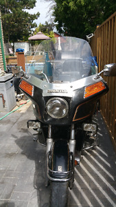 1982 Honda GoldWing Interstate (Black)