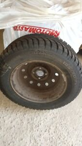 4 Winter Tires on Rims 185/70 R14 Very Good Condition