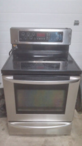 LG stove/convection oven