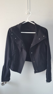 NEW Lululemon Cropped Black Jacket, Size 4