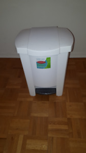 pop up lid garbage can 10 x 12 x 17 high