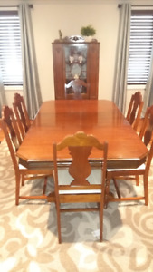 Dining Room Set - Table, Chairs & Hutch