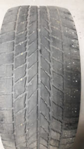 2 Winter tires-TOYO  205/55/R16-40$  for both,good for 1 winter.