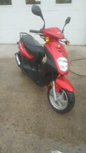 2009 E-TON scooter