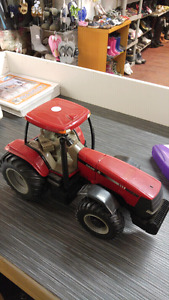 Case IH mx230 toy tractor