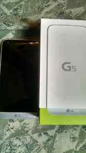 LG G5 with box *reduced price to 300$ for the weekend*