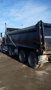 DUMP TRUCK - 2012 WESTERN STAR 4900 SB Cambridge Kitchener Area image 4