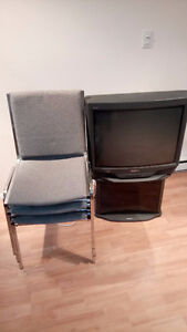 Chairs and tv for sell