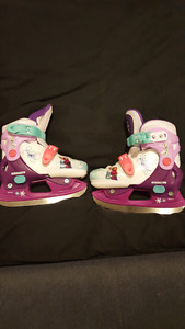 Disney Frozen Adjustable Skates size Y8, 9, 10 &11