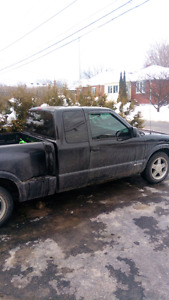 Chev s10 pick up truck